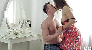 Newcomer Luxury Teen enjoys 1st time Balls Deep Anal Sex